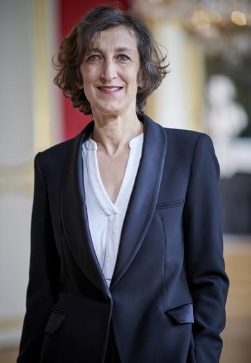 Sabine Partouche - Paralegal, Documentalist
